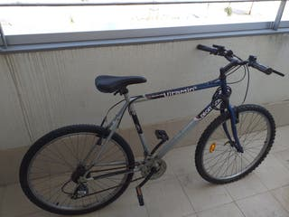 bicicleta DECATHLON