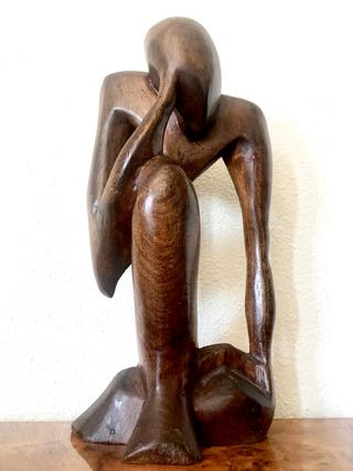 Gran escultura de madera