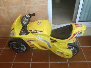 moto correpasillos winner injusa