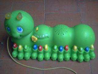 juguete gusano musical