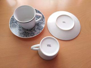 Juego de té porcelana 15 pi. Victorio y Lucchino.