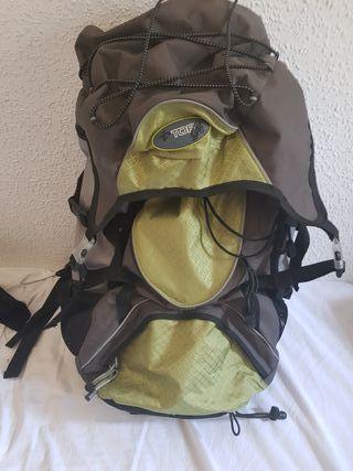 vender mochila de montaña