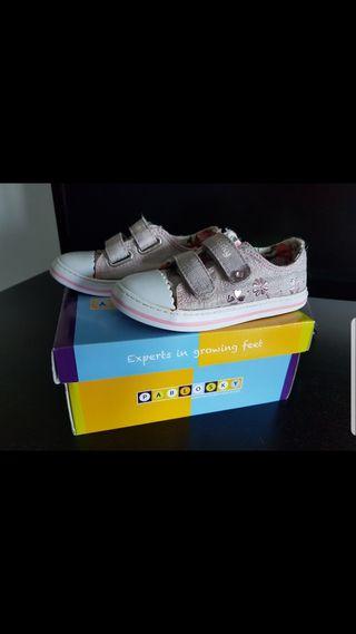 zapatillas pabloski con belcro para niña