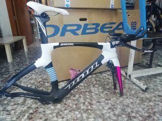 Se vende bici de contrarreloj /Triatlón