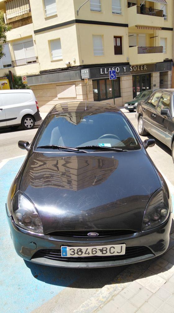 Ford Puma 2000