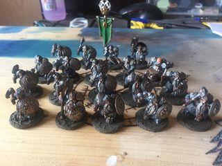 Warhammer Age of Sigmar Barbaslargas enanos