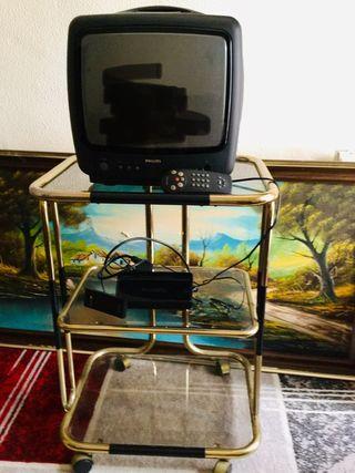 Tele,TDT (marca Philips) y mueble