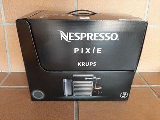 Nespresso PIXIE Nueva a Estrenar