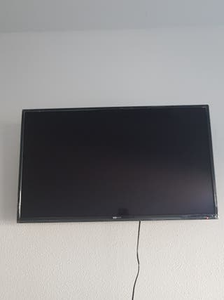 """Smart TV TD Systems 32"""""""