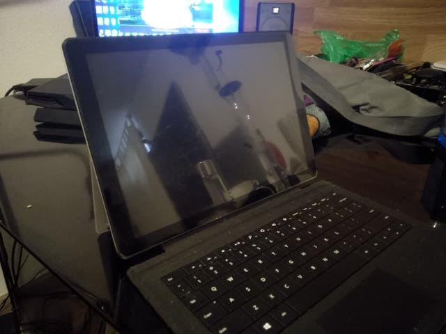 Ordenador tablet chuwi surbook