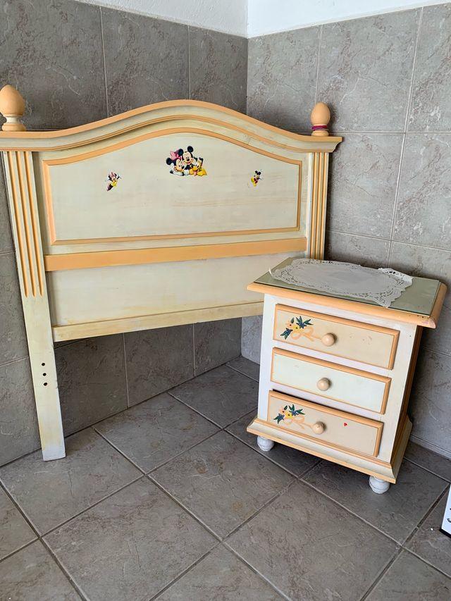 Dormitorio infantil de madera de pino