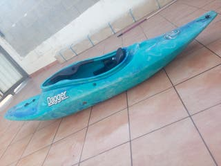 kayak piragua río mar