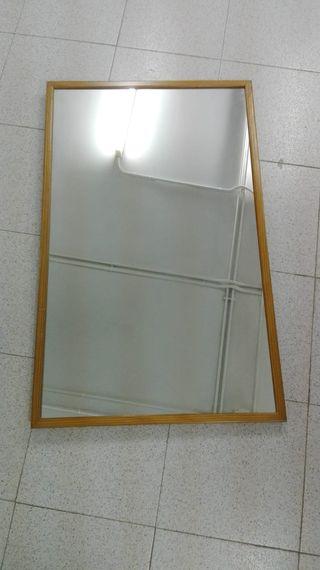Espejo reforzado