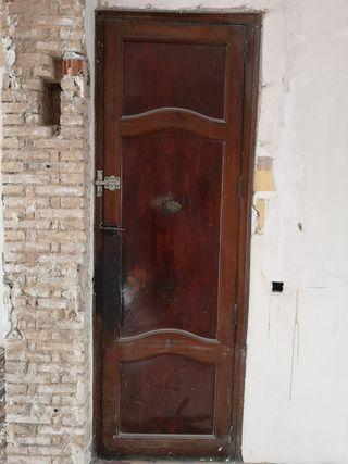 05 Puerta ventana mobila madera antigua entrada