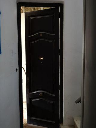 06 Puerta ventana mobila madera antigua entrada