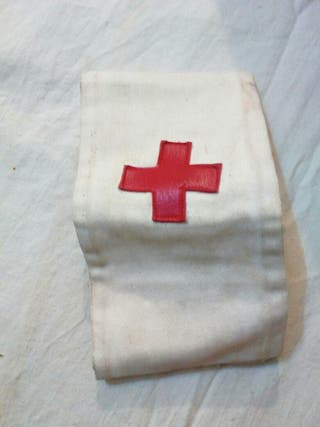 Antiguo manguito de la cruz roja