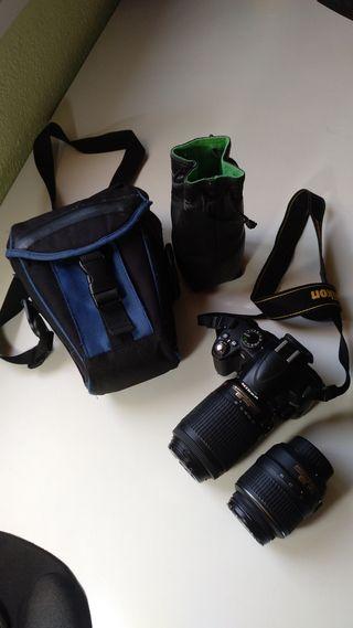 Réflex Nikon D3000 + 2 objetivos