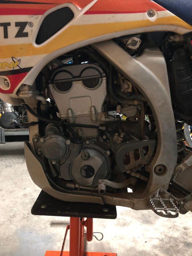 Moto enduro Yamaha wr250f 4t