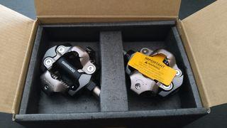 pedales automáticos Shimano xt m8100