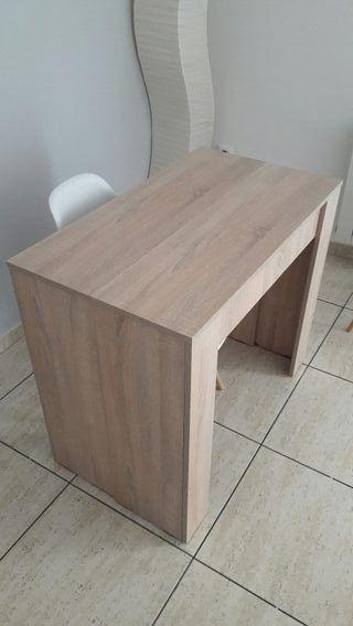mesa extensible consola