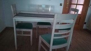 mesa comedor, con 4 sillas, color blanco