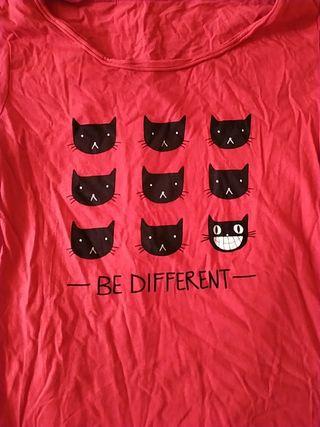 Camiseta Be Different