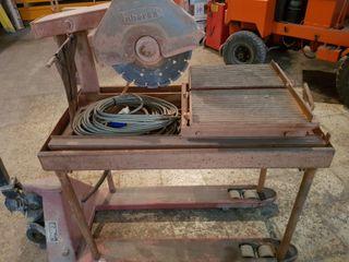 Mesa Monofásica para cortar obra