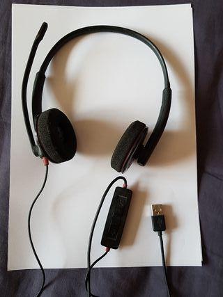 Auriculares con conector USB