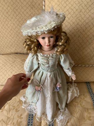 Muñeca porcelana época