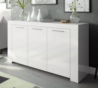 Mueble aparador color blanco de 144 cm