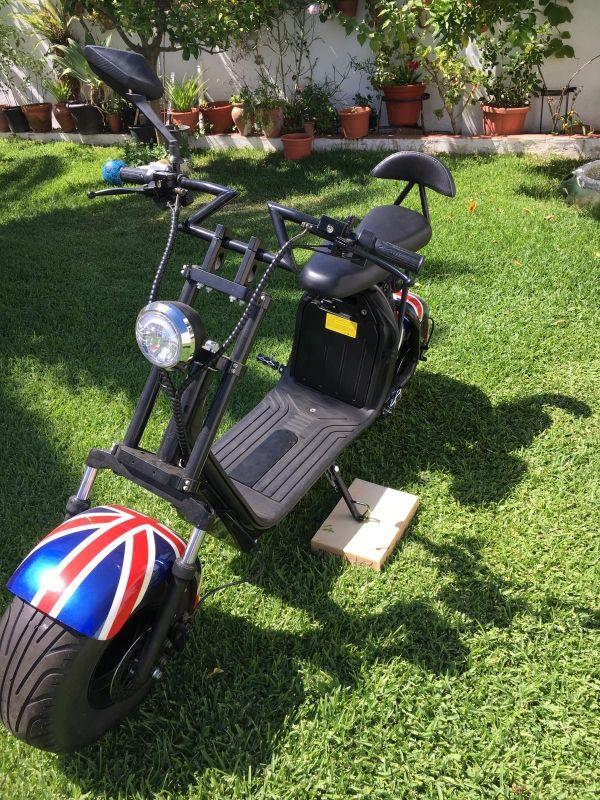 Moto eléctrica 2 plazas