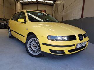 SEAT Leon 1.8T Sport 180cv 6 velocidades !!!