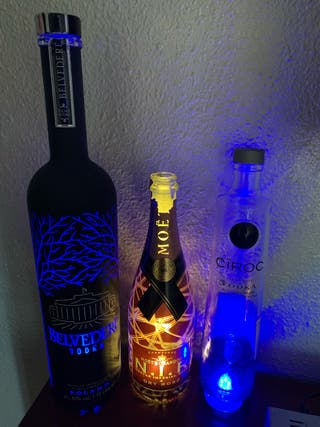 Botellas vacías Belvedere, Moet Chandon NIR, Ciroc