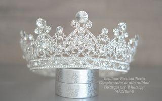 Corona entera , corona de novia ,tiara de novia