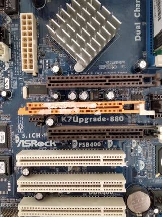 Placa Base AsRock K7Upgrate 880+ AMD Sempron
