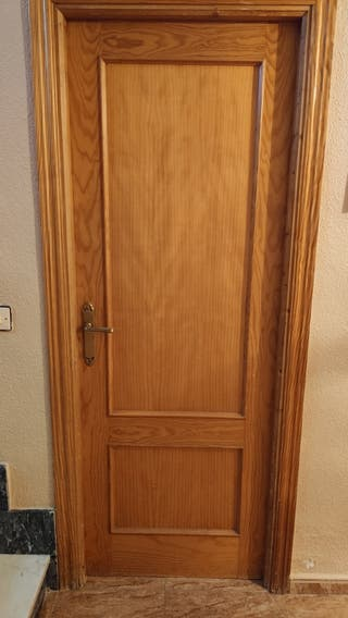 Puertas de madera maciza