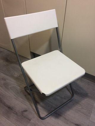 Silla IKEA plegable