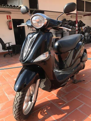 Vendo moto YAMAHA Delight 125