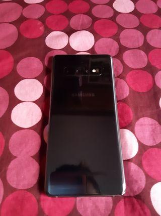 Samsung Galaxy S10 + Demo