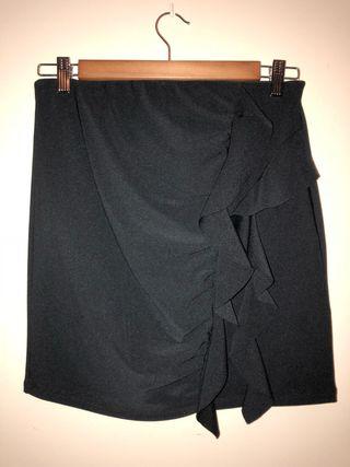 37ea60133 Falda negra ajustada de segunda mano en la provincia de Sevilla en ...