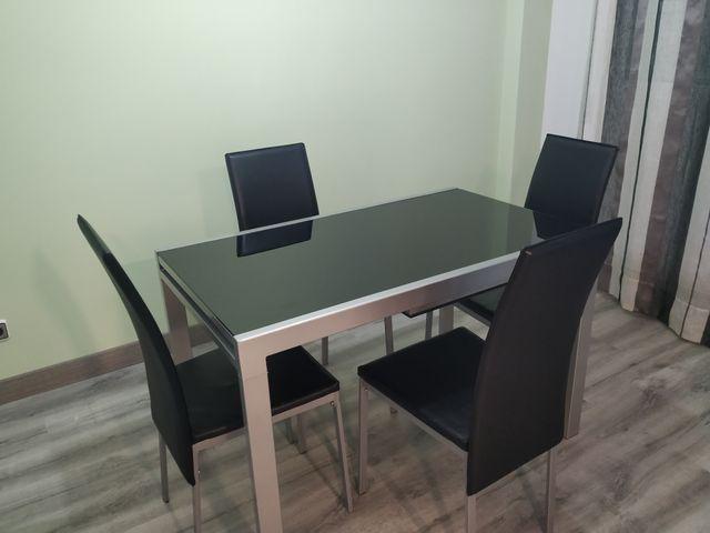 Conjunto mesa y sillas comedor/salón de segunda mano por 110 € en ...