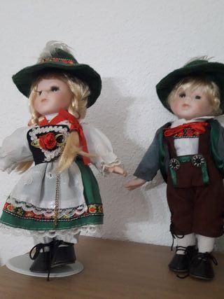 muñecas porcelana 15 y 20 €