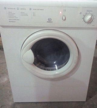 secadora Indesit ..transporte