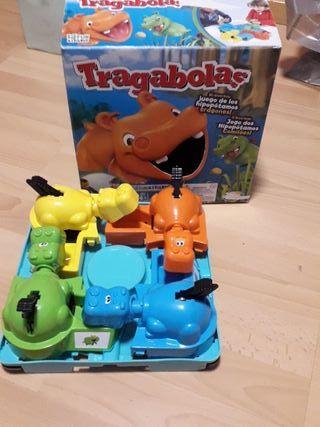 Juego mesa, Tragabolas.