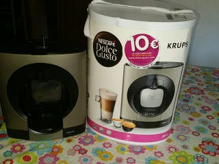 """Cafetera """"Dolce Gusto"""""""