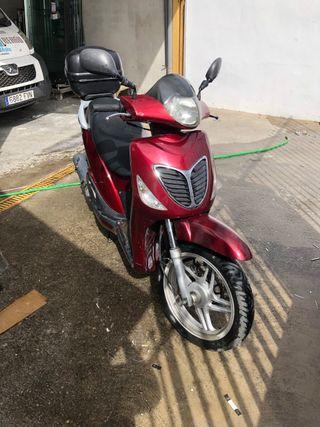 Vendo moto 125cc Marca Ona