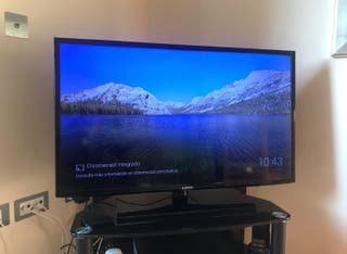 "SAMSUNG TV 40"" HD"