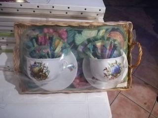 Conjunto juego de tazas de porcelana