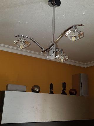 Juego de lámparas de techo.