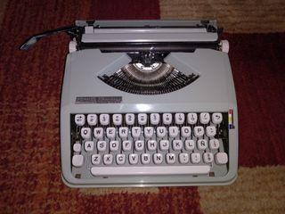 Máquina de escribir años 60